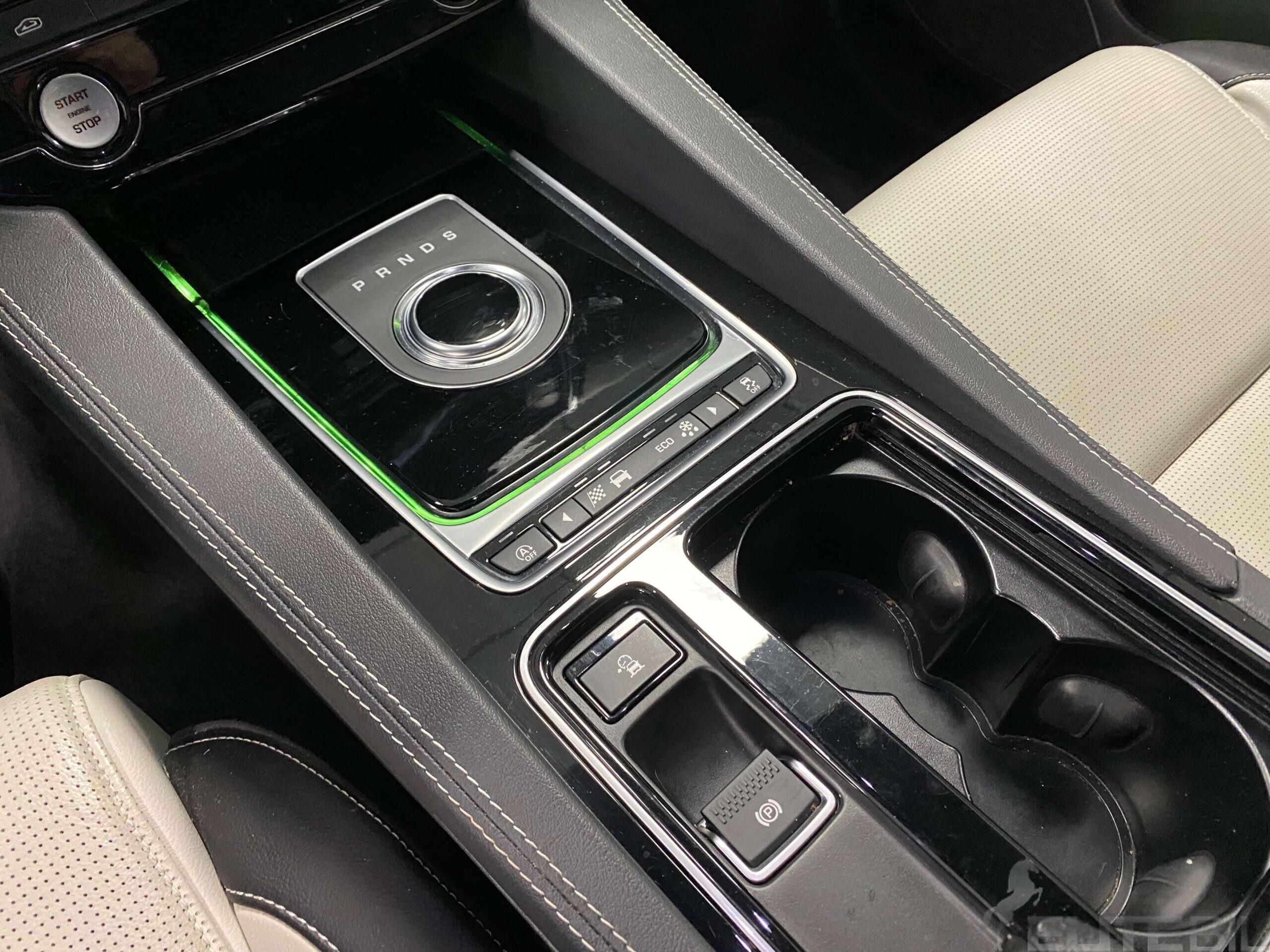 Jaguar F-Pace R-Sport (16)