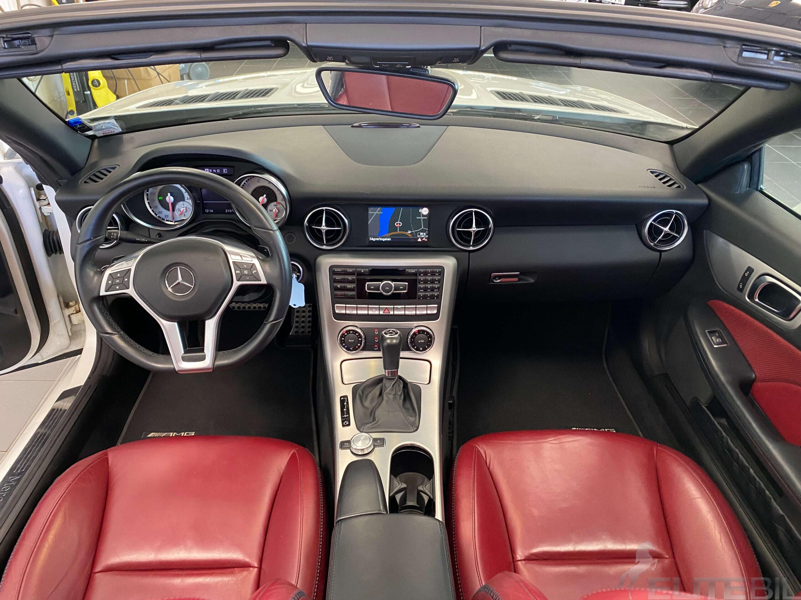 Mercedes-Benz SLK 200 AMG Sport 184hk Sv.Såld BlueEFFICIENC (12)