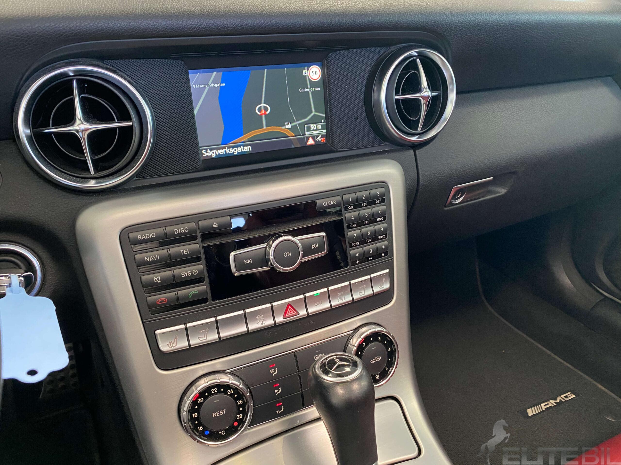 Mercedes-Benz SLK 200 AMG Sport 184hk Sv.Såld BlueEFFICIENC (15)
